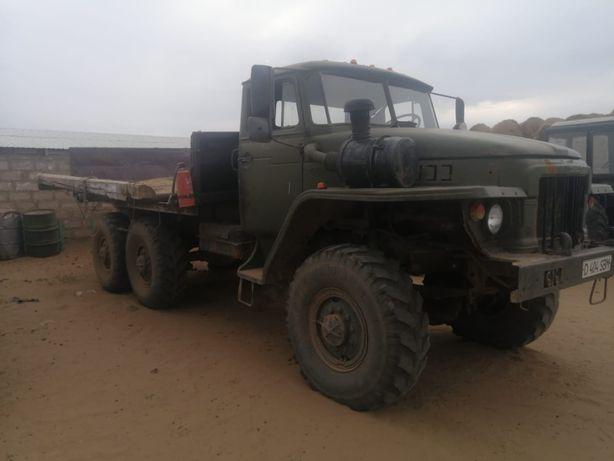 Продам Урал ЯМЗ 236