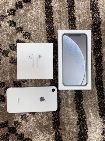 IPhone XR, Air Pods 2, Айфон XR, беспроводные наушники