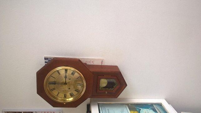ceas de perete Meister Anker