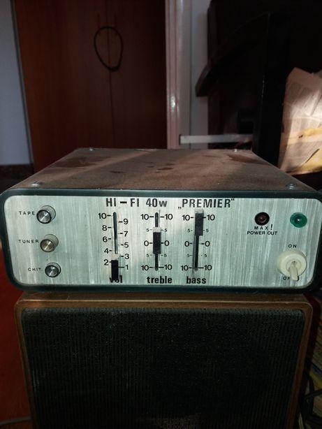 Amplificator cu boxă pentru instrument sau microfon