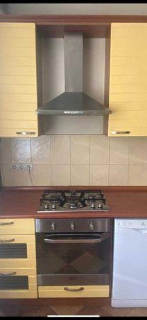 Плита, духовка и вытяжка