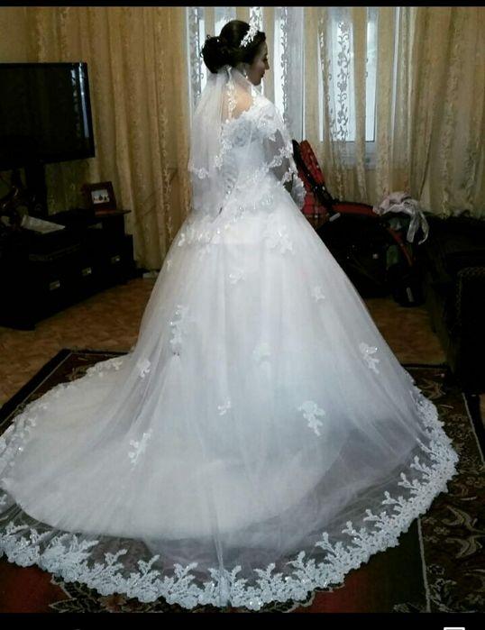 Продам свадебное платье Узынагаш - изображение 1