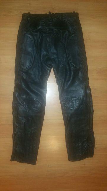 Pantaloni moto