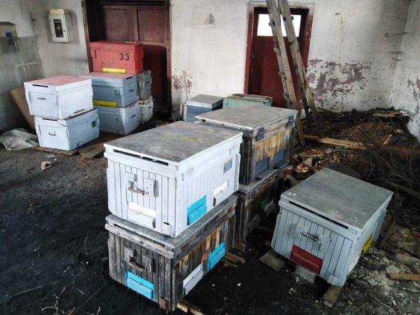 Vand accesorii de apicultura