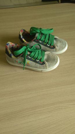 Продам обувь мальчик