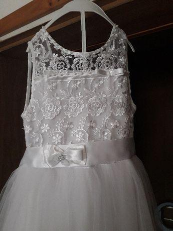 Бяла рокля ръст 128см