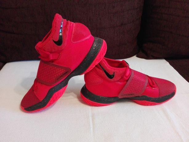 Ghete/Adidasi Nike Zoom Hyperrev,Marimea41!ORIGINALE!Stare foarte buna