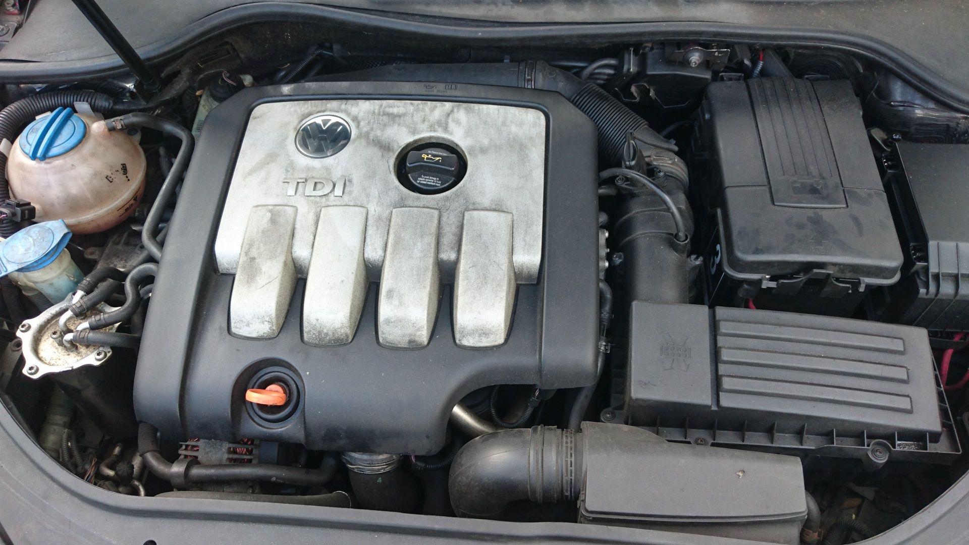 Motor Golf 5 Golf Plus Jetta Touran Passat B6 Audi A3 2.0 TDI BKD