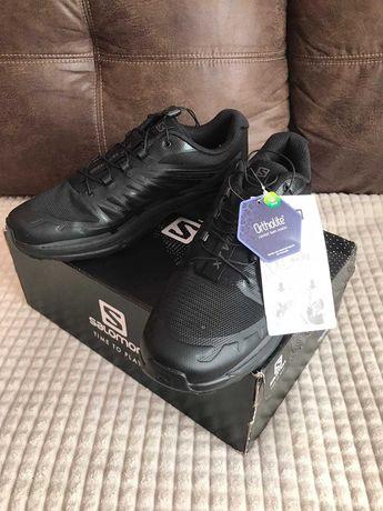 Salomon Pantofi sport de drumetie noi