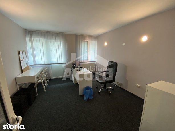 Spaţii 2 Birouri, 53 m² (15 m²/38 m²), Utilități Incluse