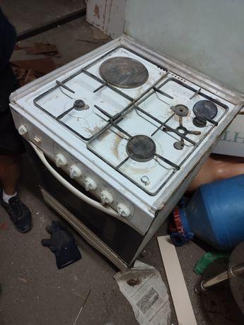 Газовая плита в хорошем состоянии