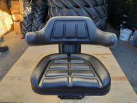 Scaun tractor nou tractoare U650 U445 si alte tractoare cu garantie