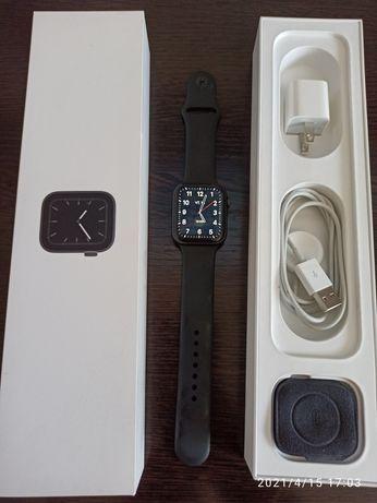 Продам apple watch 5 series 44 sm