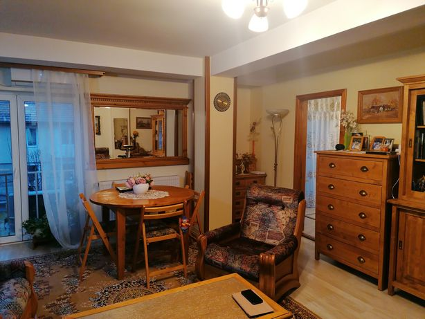 Vând apartament Victoriei zona Albina bloc nou