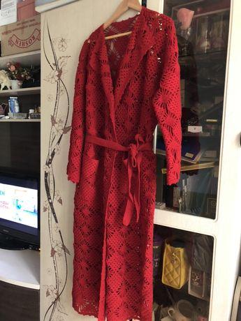 Кардиган красный вязаный ручной работы