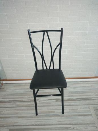 Продам  стулья неоклассика