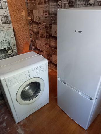 Продам в связи с переездом холодильник .и стиральную машину