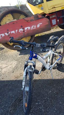 Vând bicicleta  marca CONWAI