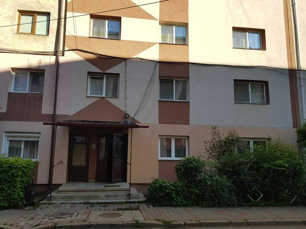Ap. 4 camere decomandate, 80mp, Et.1, Mihai Viteazul