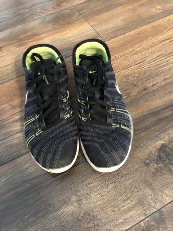 Маратонки Nike 38 н