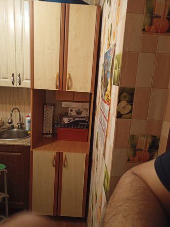 Продам шкаф кухонный