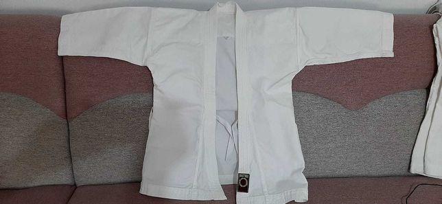 Vând set complet chimonou karate