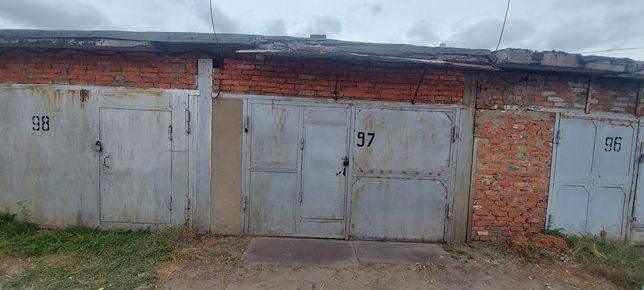 Продам гараж 6 общество рядом с конторой