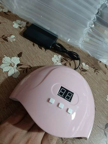 Лампа за маникюр UV LED