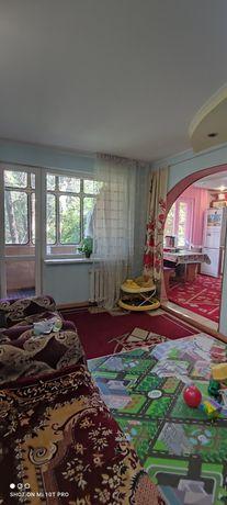 Продам 3 комн.ул.Добролюбова д.45,2 этаж,не угловая,1986 г.п.,балкон