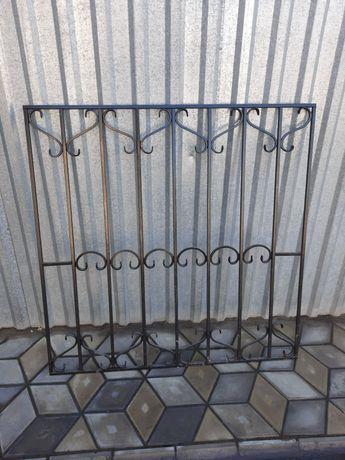 Решатка оконная металическая 131*131 см.