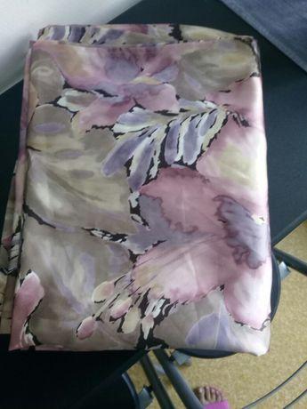 Пердета със ресни и сатенени завеси