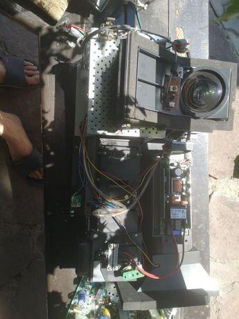Проектор Samsung от проекционого телевизора.