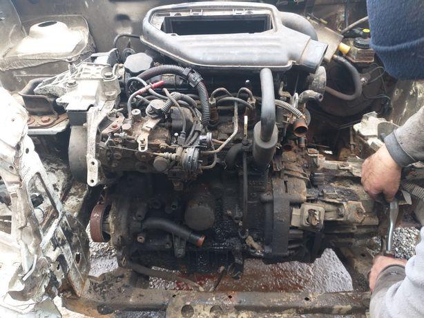 Motor, cutie de viteze, Alternator Renault Kangoo 1.9 diesel