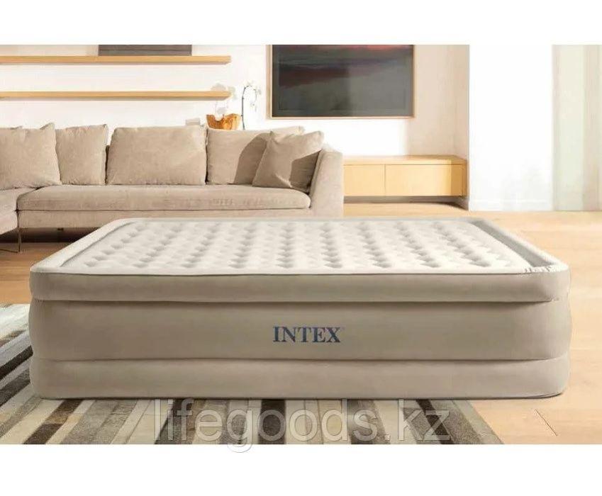 Надувной матрас-кровать двуспальный 152х203х46см с насосом Intex 64428