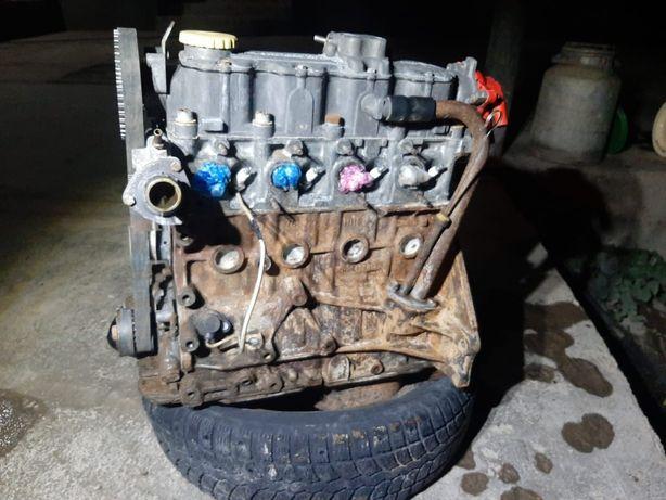 Мотор.опель.вектраа.(Туркестан)