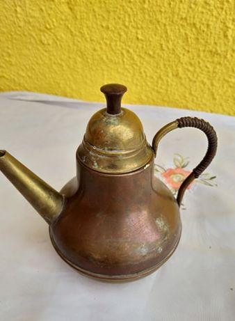 ceainic din cupru