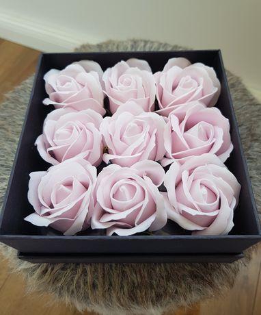 Trandafiri de sapun cutie cadou
