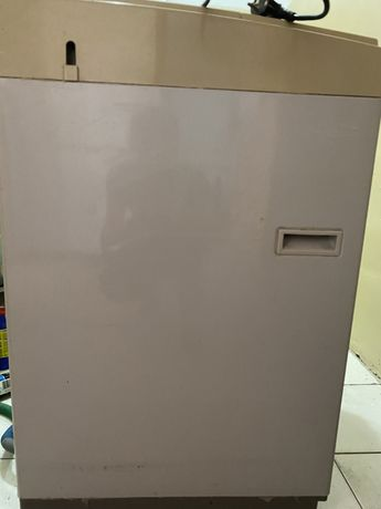 Продам стиральную машину полуавтомат Daewoo 5.5 кг. Рабочая