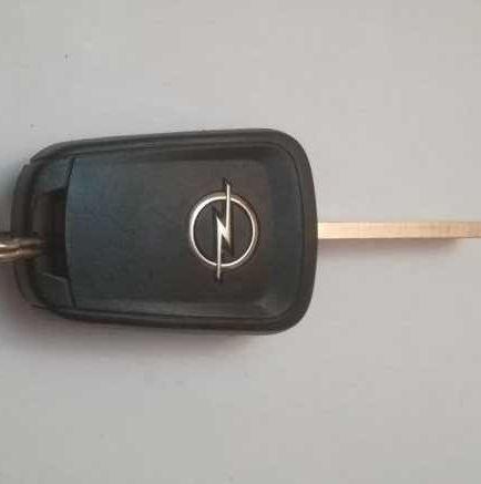 Ключ с дистанционно 433 Мц за Опел Astra J