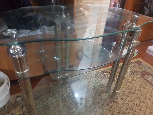 Продам стеклянную тумбу под телевизор