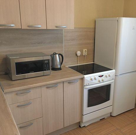 Сдам однокомнатную квартиру,Навои 300-Торайгырова