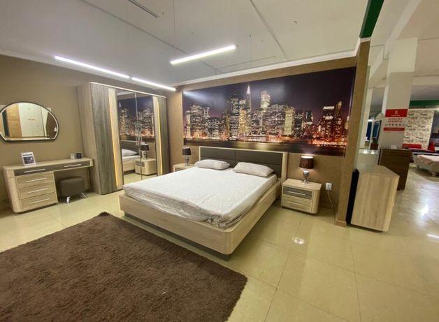 Новая спальная гарнитура