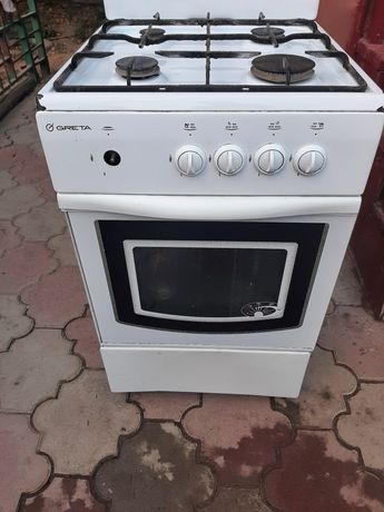 Газовая плита в очень хорошем состояние