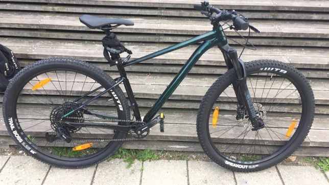 Vând bicicleta Cannodale noua