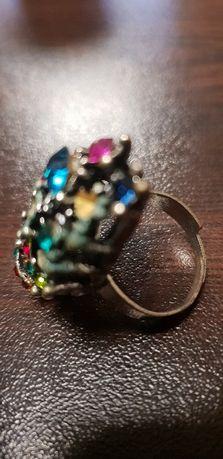Дамски пръстен инкрустирани с цветни камъни сребро бронз