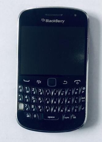Мобильный сенсорный телефон Blackberry 9900 Bolt с QWERTY клавиатурой