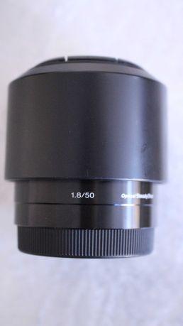Продам объектив sony 50mm f1\8  состояние отличное
