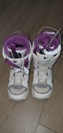 Boots Salomon  marimea 23,5