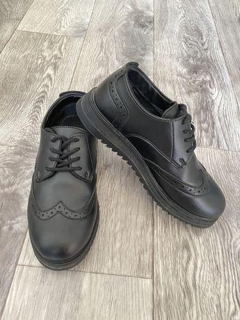 Обувь школьный
