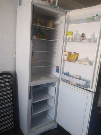 Продам холодильник б/у, в рабочем состоянии